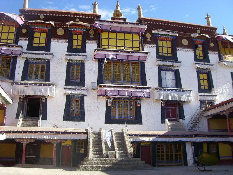 Ganden Phodrang labrang, Drepung Monastery